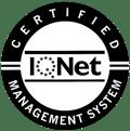 Logo ISO 9001 con IQNet en BN invertido-1